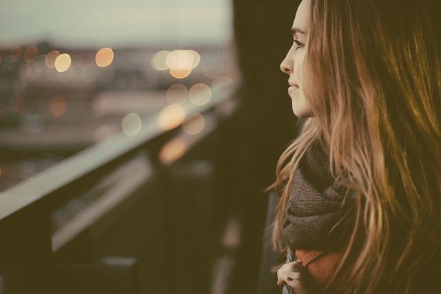 blog woman profile